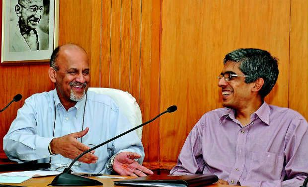 P. Soundara Rajan of HAL shares a light moment with IIT-M director Prof. Bhaskar Ramamurthi.—DC