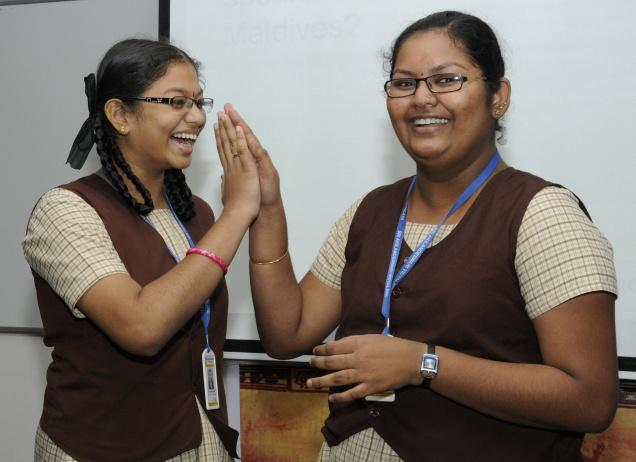 Adithya Sivasankar and G. Prashanthi from Sri Akilandeswari Vidyalaya, Trichy, won the zonal final held in the city /  Photo: M. Srinath / The Hindu