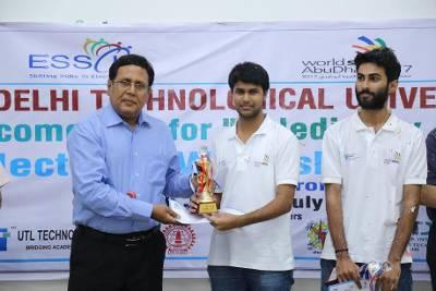 Left Manoj Kumar, director, Department of Technical Training & Education (DTTE), center Harsha Prabakaran, right Sumir Kumar Jha